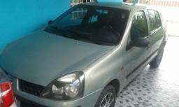 Vendo um carro - 2005