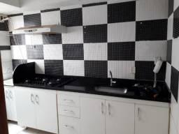 Aluga-se Apartamento Barato Atrás do Shopping Sul Com Armários, Fogão e Box - Valparaíso