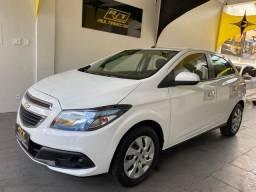 Chevrolet Ônix 2013/14 1.4