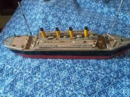 Réplica do Titanic em madeira quase idêntico ao Navio.