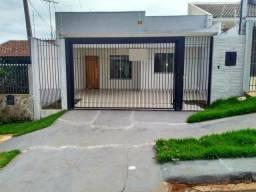 8007 | Casa à venda com 3 quartos em Conj. Requião, Maringá