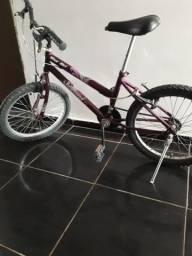 Bike semi nova 250,00 reais