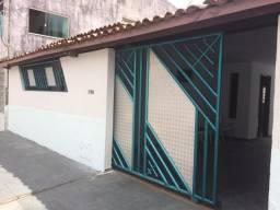 Vendo ou alugo casa em bairro Elcalipitos