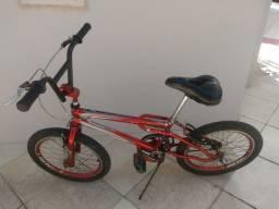 Vendo bike (bicicleta) bmx de manobra