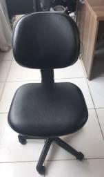 Cadeira giratoria queima de estoque