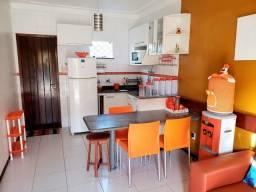 CASA NO CENTRO DE SALINAS - 3/4, área condominial e aceita financiamento