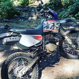 Honda XR200 com kit CRF230
