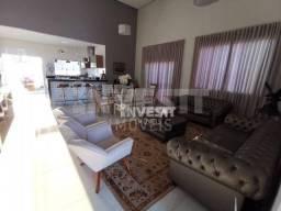Título do anúncio: Casa com 3 dormitórios à venda, 230 m² por R$ 1.400.000,00 - Residencial Goiânia Golfe Clu