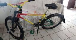 Bicicleta toda Boa 700 pra Vender Logo Pra Vim Buscar No Terminal de Sítio Novo