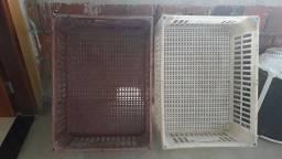 2 caixas plásticas/ galeias para pão hortifruti