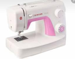Maquina de costura singer simple 220V modelo 3223 branca e rosa