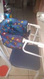 Cadeirinha de mesa para bebê