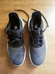 Tênis Adidas Usado