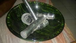 Cuba de vidro esverdeada