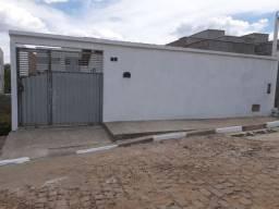 Casa para vender em rua pública no bairro Conceição