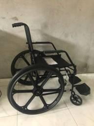 Cadeira de rodas (nova)