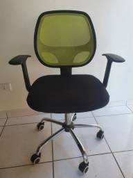 Cadeira de Escritório com tela