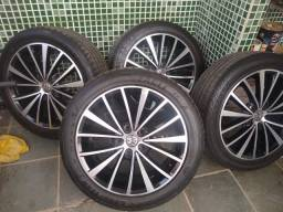 "Rodas Jetta 2.0 tsi 17"" c/ pneus 225,45,17"