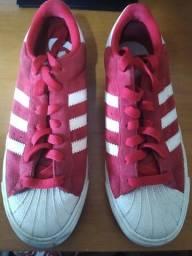 Título do anúncio: Adidas Vermelho 41