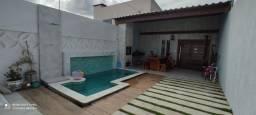 Linda Casa bem localizada com Piscin Casa airro Luiz Gonzaga.