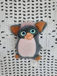 Título do anúncio: Furby 2006 edição rara usado