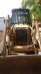 Vendo retro escavadeira case 580L 4x4 por 60.000