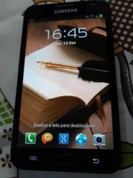 Galaxy note 16gb , tela 5.5 polegadas trinco tipo fio de cabelo mas funciona ok
