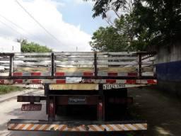 Carroceria truck Iderol e 10 Pneus montados 900x20 - 1996
