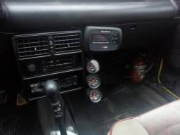 Uno 1.5 turbo - 1989