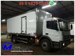 Baú frigorífico para caminhão Mercedes Mathias Implementos