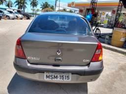 Clio Sedan 1.6 16 válvulas Flex - 2005
