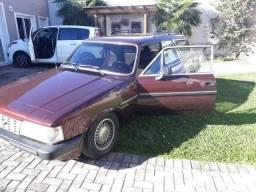 Caravan Comodoro 6 cil., á álcool - 1988