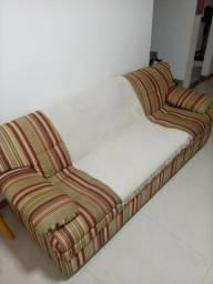 Sofa com tecido impermeável