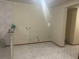 Apartamento 2/4 com suite no centro de candeias R$:699,99