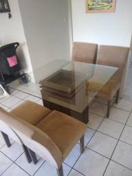 Mesa quadrada c/ 4 cadeiras