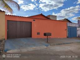 Casa a venda no bairro floresta, atrás do ITGO / Prox a Mat. Nascer Cidadão 149 Mil