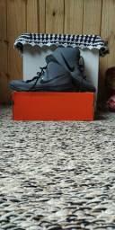 Tênis Nike Precision nº:41