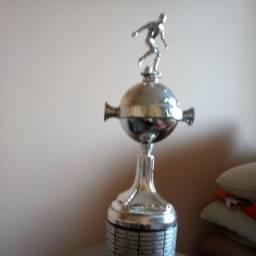 Taça Copa Libertadores da América 2010 Inter Campeão - mais uma mini taça