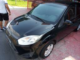 Ford Fiesta Hatch completo