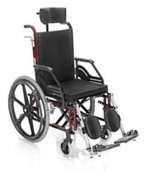 Cadeira Reclinável e Dobrável com Cinto