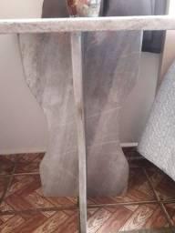 Mesa toda de mármore para sala