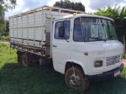 Caminhão 608 Boiadeiro