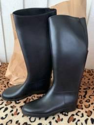 Galocha estilo bota