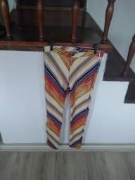 Calça feminina da Blueman (tamanho P/M)