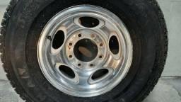 Jogo completo de pneu + roda 265/70R16 p/ F-250