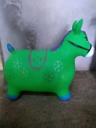 Brinquedo cavalinho