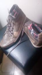 Vende-se Sapato No 43 Mocassim em Couro Legitímo Masculino Novo