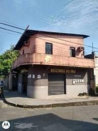 Casa para venda com 200 m2, com ponto Comercial em São José Operário - Manaus - Amazonas