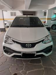 Etios X - Sedan 2018 C/ GNV e vários Acessórios