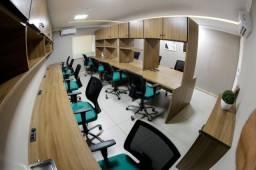 Sala de trabalho em centro empresarial completo